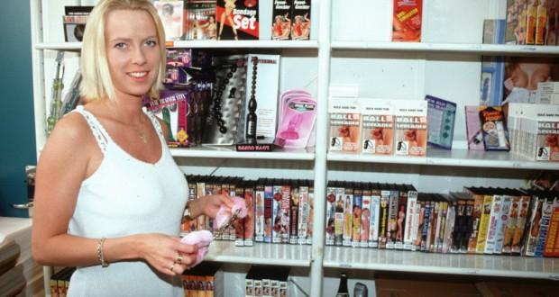Ein Vertreter der besonderen Art: Toys verkaufen – mit Sex bezahlen lassen.