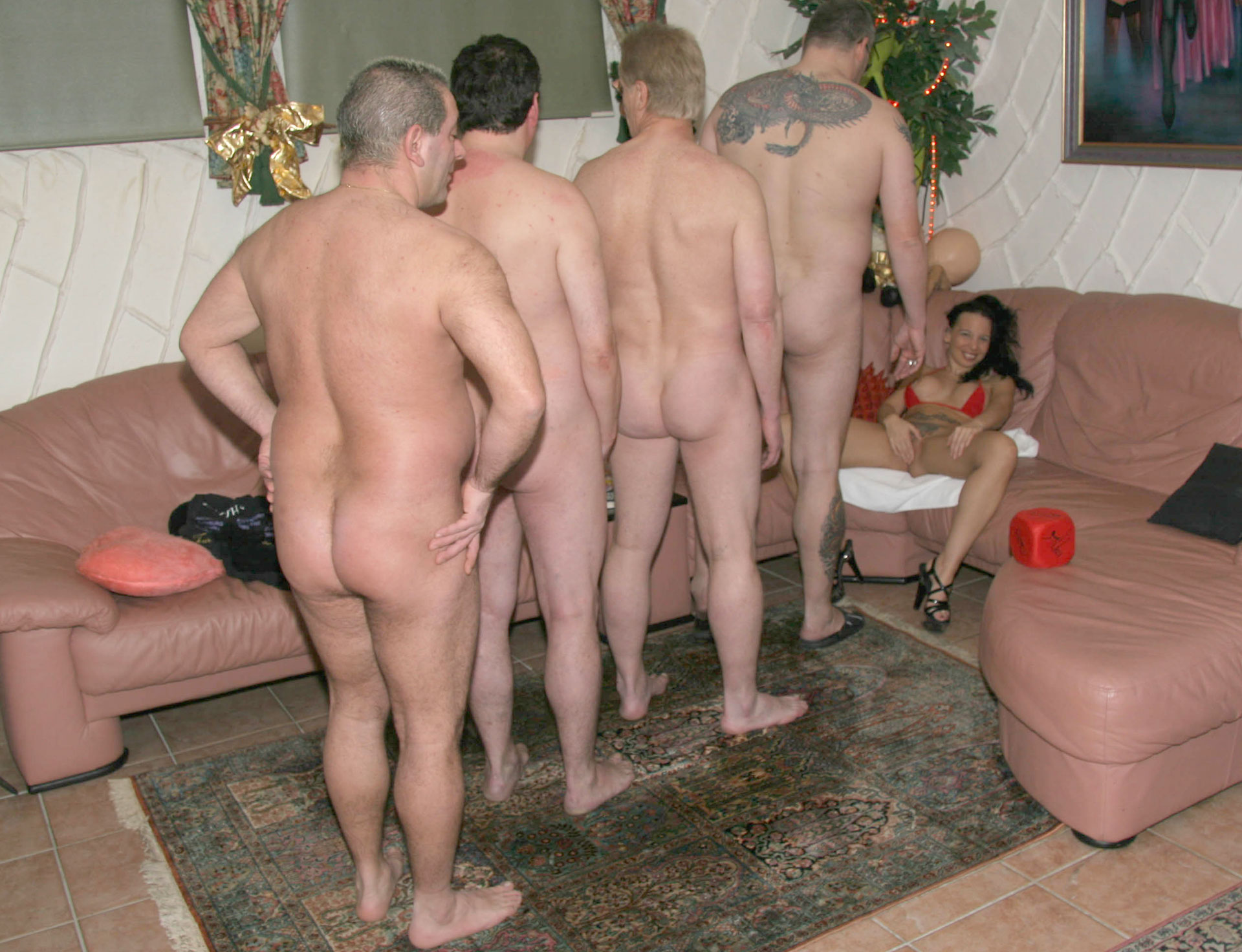 was ist gang bang party hausfrauen hure