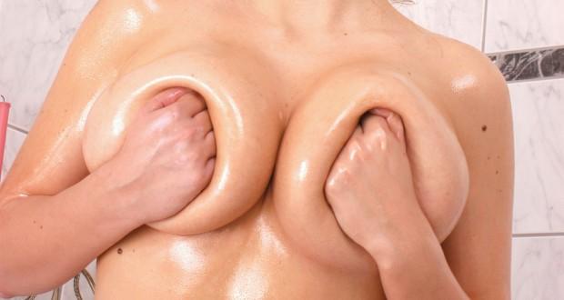 Dicke Titten müssen sein – Was man mit Mega-Tüten alles anstellen kann